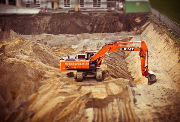 excavators-1178241_960_720