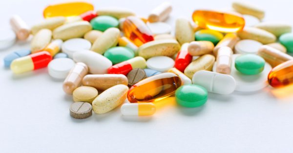 supplements-on-white-table-1200x630